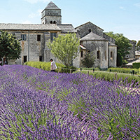 ITINERARY SPOTLIGHT | Burgundy & Provence Itinerary | Abbey Of Senanque